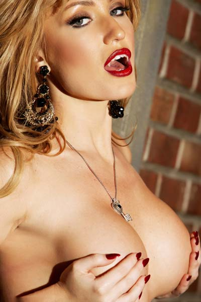 Model Angela Sommers in Beautiful blonde Angela Sommers slips off her tight corset